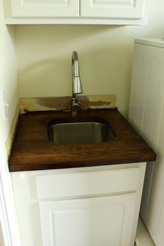 Laundry Room Undermount Sinks : Countertops, Undermount sink and Butcher blocks on Pinterest