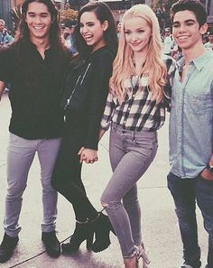 Dove Cameron,Booboo Stewart, Sofia Carson and Cameron Boyce #descendants