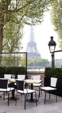 ♔ Paris en Noir