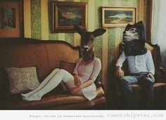 retrato-novios-hipster-cabeza-animales-disecados