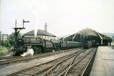 Ex.LMS black 5 no.44944 ............................................ BR standard 4 no.75009 Diesel Locomotive, Steam Locomotive, Bath Uk, Old Train Station, Disused Stations, Railroad History, Steam Railway, Southern Railways, British Rail