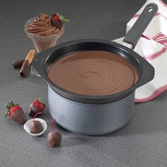 Nordic Ware Universal 8 Cup Double Boiler Fits 2 to 4 Quart Sauce Pans How To Temper Chocolate, Types Of Chocolate, Chocolate Shop, Chocolate Dipped, Homemade Chocolate, Melting Chocolate, Tempering Chocolate, Chocolate Ganache, Double Boiler