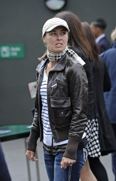 Martina Hingis Outside Wimbledon Lawn Tennis Club in London June 24-2013 #WTA #Hingis #Wimbledon
