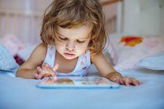 A tecnologia pode render muita diversão, e educação, às crianças. Conheça aplicativos para baixar agora no tablet para entreter e ensinar o pequeno