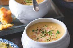 Pivní sýrová polévka | Apetitonline.cz Cheeseburger Chowder, Ham, Soups, Treats, Food, Sweet Like Candy, Goodies, Hams, Soup