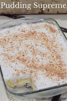 Pudding supreme is a favorite family recipe. A buttery crust with layers of cream cheese, pudding, and whipped topping, make this a dessert worth making! Brownie Desserts, Oreo Dessert, Mini Desserts, Coconut Dessert, Cream Cheese Desserts, Layered Desserts, Köstliche Desserts, Delicious Desserts, Dessert Recipes
