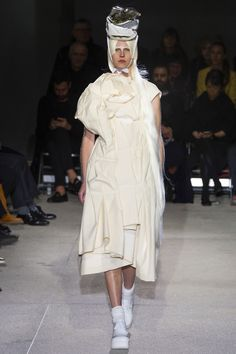Comme Des Garcons spring/summer2013 Ready-To-Wear Collection