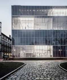 Academy of Fine Arts | PAG; Photo: Maciej Lulko | Archinect