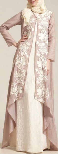New dress brokat panjang 35 Ideas Abaya Fashion, Modest Fashion, Fashion Dresses, Fashion Muslimah, Maxi Dresses, Muslim Dress, Hijab Dress, Dress Muslimah, Kebaya Muslim