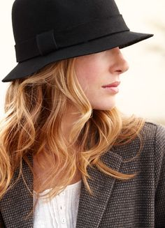 JJill fall 2011 collection, I have a hat just like that :)