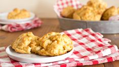 Claw-some copycat! Make Red Lobster's famous cheesy biscuits at home