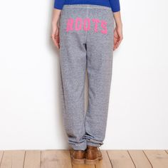 Roots - Pocket Original Sweatpant, $64 Skater Outfits, Sport Outfits, Roots Clothing, Fashion Fashion, Fashion Outfits, Sweat Pants, Head To Toe, Dress To Impress