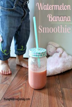A watermelon banana smoothie that is the perfect healthy snack for kids of all ages. Yummy Smoothies, Juice Smoothie, Smoothie Drinks, Detox Drinks, Yummy Drinks, Healthy Drinks, Smoothie Recipes, Healthy Snacks For Kids, Get Healthy