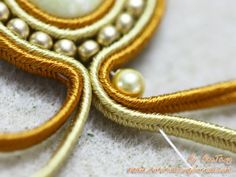 nice DIY Bijoux -  Golden Soutache Earrings