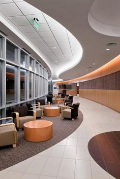 Methodist Hospital for Surgery, Addison, Texas. Photography: © Thomas McConnell