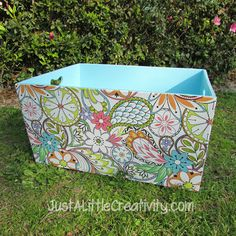 Hometalk :: Toy Box Makeover using Spray Paint, Mod Podge, & Wrapping Paper