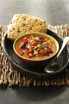 Driebonesop | SARIE | Three bean soup Healthy Recipes On A Budget, Budget Meals, South African Recipes, Ethnic Recipes, Soup Recipes, Recipies, My Favorite Food, Favorite Recipes, Three Beans