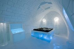 pinpin studio freezes it's alive! art suite for swedish icehotel - designboom | architecture