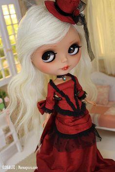 Rosalie, custom Blythe doll
