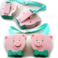 NEW MUSICAL Pink PIG BABY BIB CLIP CLIPS Infant Toddler Holder Napkin Blanket $18.98