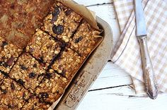 Breakfast Oatmeal Bars / Anja's Food 4 Thought