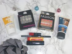 Beauty, Bargains and Beyond: Christmas Giveaway on Instagram