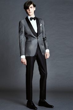 Tom Ford Spring/Summer 2016 Menswear Collection Bridges Gap Between Casual + Formal Styles Tom Ford Tuxedo, Tom Ford Men, Evening Trousers, Fashion Show, Mens Fashion, Fashion Design, Fashion Spring, Fashion Styles, Runway Fashion