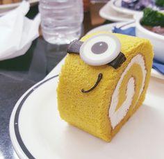 Minion Spongecake