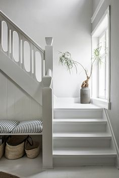 36 Top Minimalist Home Interior Ideas. Minimalist home designs are often chosen by house owners these days to refurbish or build. House Design, Interior, Home, Staircase Design, Minimalist Decor, House Interior, Home Interior Design, Interior Design, Minimalist Home
