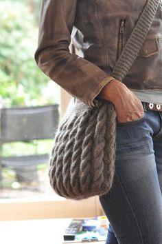 sac en tricot Piquer Avec Le Passé