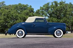 1939 FORD DELUXE CABRIOLET - Side Profile - 199942