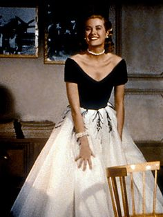 Grace Kelly <3 fitted bodice, full skirt