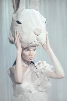 Rabbit ears in fashion editorial - I Love Green Inspiration Animal Masks, Animal Heads, Fashion Shoot, Editorial Fashion, Rabbit Ears, Rabbit Hole, Through The Looking Glass, Albino, Shades Of White