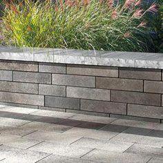 Pergola Modernas Policarbonato - - Pergola Patio Privacy - Pergola DIY Shade - How To Build A Covered Pergola Landscape Plans, Landscape Design, Garden Design, Contemporary Landscape, Landscaping With Rocks, Front Yard Landscaping, Outdoor Landscaping, Inexpensive Landscaping, Stone Landscaping