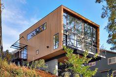 Minimalist Modernist House designed by Replinger Hossner Architects