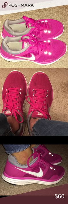 Pink Nike Lunarlon running sneakers The most comfortable sneakers I own but are too wide for my narrow feet. You will love these! Nike Shoes Sneakers