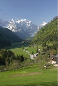 Trip idea 6: Fly to Venice, rent a car, go to Dolomites, Slovenia, Austria and Hungary and then fly back. Slovenia