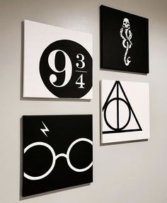 4 pieces black and white Harry Potter paintings Harry Potter # fashionaccessories . - 4 pieces black and white Harry Potter paintings Harry Potter # fashionaccessories - Harry Potter Kunst, Harry Potter Canvas, Décoration Harry Potter, Harry Potter Painting, Harry Potter Nursery, Harry Potter Glasses, Harry Potter Birthday, Harry Harry, Harry Potter Bathroom Ideas
