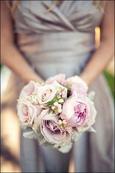 So romantic and beautiful. Bridesmaid Bouquet, Wedding Bridesmaids, Wedding Bouquets, Floral Wedding, Wedding Colors, Wedding Flowers, Marry Me, Wedding Season, Wedding Inspiration