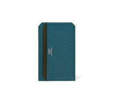 Card holder in Epsom calfskin Four credit card slots Dimensions: L 8 x H 6.5 cm
