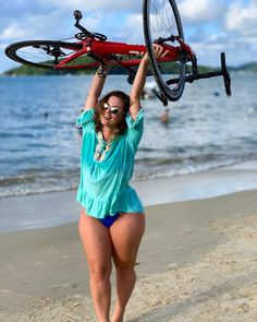 There are always new things to discover, Book your bike today. Women's Cycling, Cycling Girls, Bicycle Women, Bicycle Girl, Demi Lovato Body, Cardio Training, Flamingo Shirt, Biker Girl, Tall Women