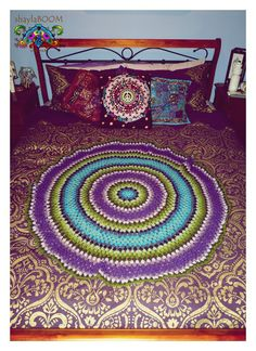 Gorgeous crochet mat/rug made by the lovely Gilly at Live.Be Live. Crochet Mat, Rug Making, Beach Mat, Outdoor Blanket, Live, Rugs, Home Decor, Farmhouse Rugs, Decoration Home