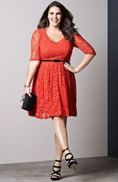 Fool-Proof Fashion Tips for Large Bust Women - Style your Dress with a Belt | #FashionTips