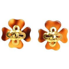 Preowned Chanel Vintagetortoise Maltese Cross Clip On Earrings ($300) ❤ liked on Polyvore featuring jewelry, earrings, orange, orange earrings, preowned jewelry, chanel earrings, clip earrings and tortoiseshell jewelry