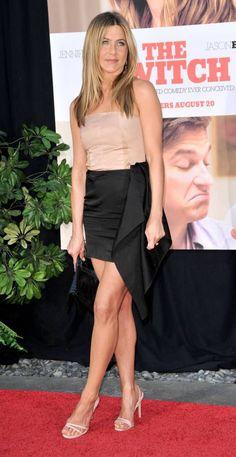Jennifer Aniston style Jennifer Aniston Quotes, Jennifer Aniston Legs, Jennifer Aniston Pictures, Nancy Dow, Jeniffer Aniston, World Most Beautiful Woman, Jennifer Connelly, Sexy Older Women, Rachel Green