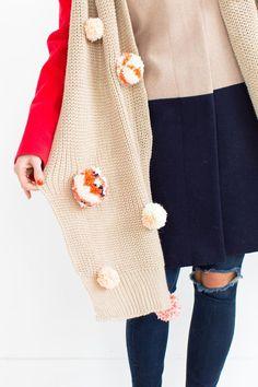 DIY Statement Pom Pom Scarf by Ashley Rose of the award winning DIY and lifestyle blog, Sugar & Cloth. #diy #scarfs #christmas #holidays #diy #holidayseason #holidaystyle #winter