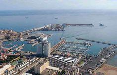 Vista del puerto de Melilla