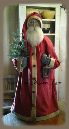 Primitive Christmas Decorating, Primitive Santa, Prim Christmas, Father Christmas, Christmas Items, Country Christmas, Christmas Projects, Winter Christmas, Vintage Christmas