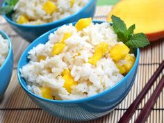 Mango coconut jasmine rice is a subtly sweet and creamy dessert. Jasmine Rice Recipes, Coconut Rice, Canned Coconut Milk, Cooking Recipes, Healthy Recipes, Healthy Foods, Easy Recipes, Uk Recipes, Vegetarian Recipes