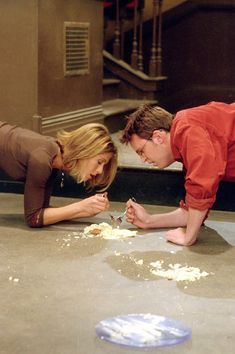 Rachel and Chandler, and of course the cheesecake x)